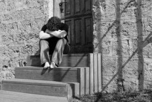 homem chorando